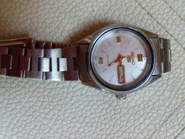 Продам часы наручные женские Seiko