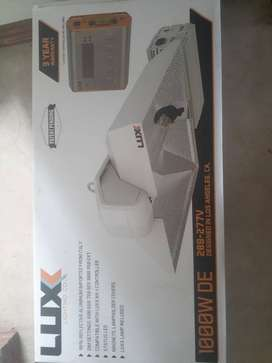 Luxx Lighting 1000W DE