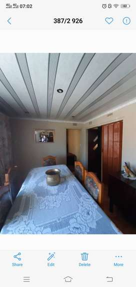 2 Bedroom house to rent in Zola