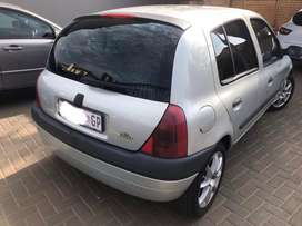 Renault clio 1.4L. (engine just redone)