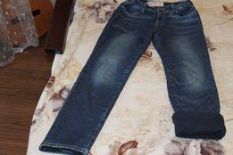Продам утепленные джинсы для девочки