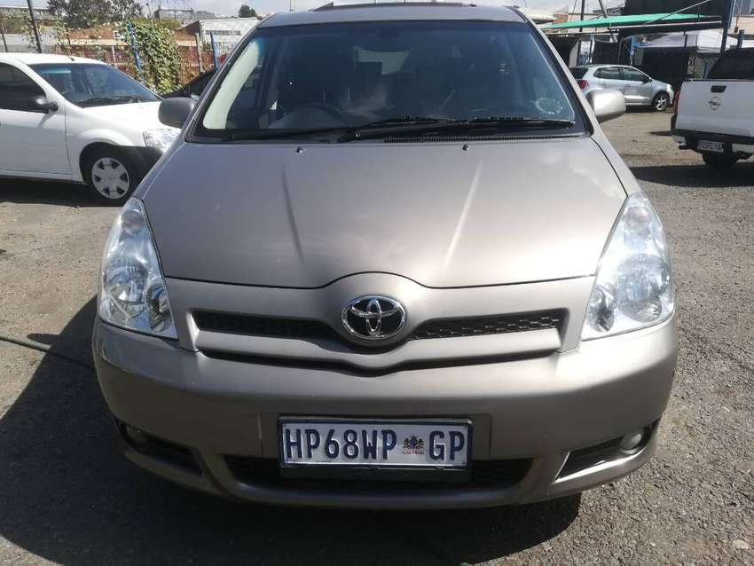 Toyota verso 1.6 Sx 2009 Model,5 Doors,Factory A/C and C/D player 0