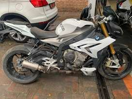 Bmw R1000R stripping for spares