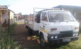 Am selling Isuzu tld lsuzu engine ade314