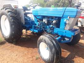 FORD TRACTOR 7610 2X4