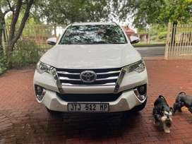 Toyota Fortuner 2.7 Automatic