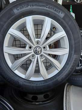 15inch Genuine Polo Vivo Mag Rims Without Tyres×4