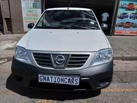 Nissan NP200 1.6 manual 2014 for SELL