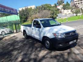 2011 model Toyota Hilux 2.5 D-4D single cab