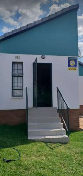 Beautiful House for Rental at Fleurhof ext 20
