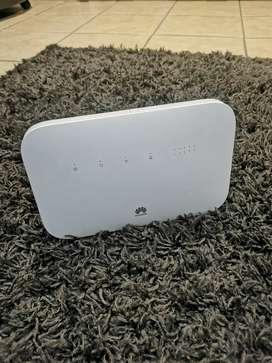 Huawei B612 4G LTE Router