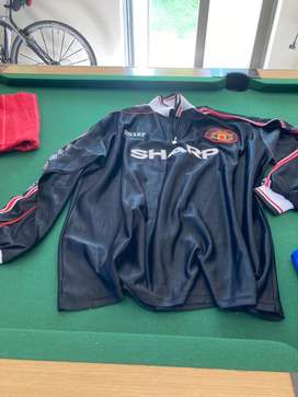 1 Manchester United  Long sleeve  top