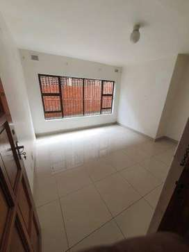 1 and 2 Bedroom Flats for Rent in Centre Street, Overport