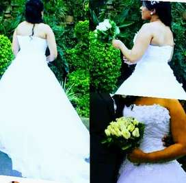 Wedding  gown for hire and Free makeup