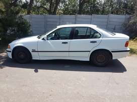 316i automatic for sale price is negotiable