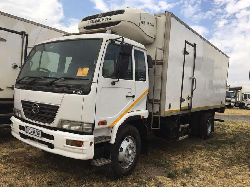 NISSAN UD80 WITH THERMOKING T600R FRIDGE UNIT 0