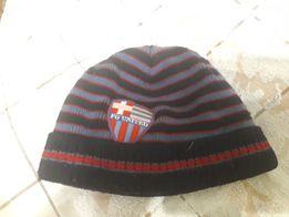 Продам шапки зима весна осень мальчика 3-5 лет