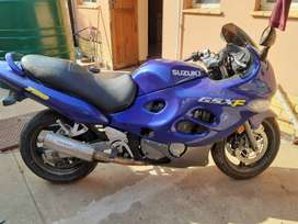GSXF 750cc 2006 model in perfect condition