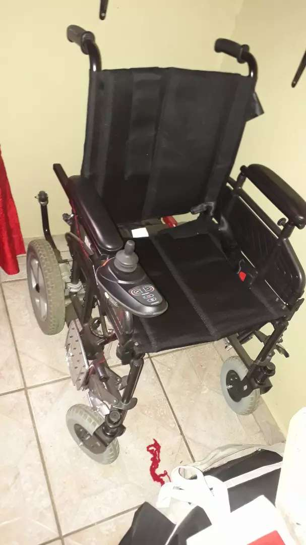 Electric Mobile wheelchair 0