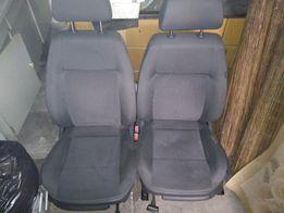 Fotel, oparcie, poduszka pasażera VW Polo IV 9N - 5 drzwi