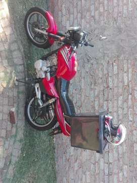 Delivery bike available. Looking for delivery jobs