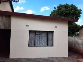 2 BEDROOM AVAILABLE FOR RENTAL IN GIYANI SEC D2