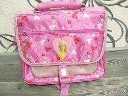 Рюкзак- портфель с Барби.