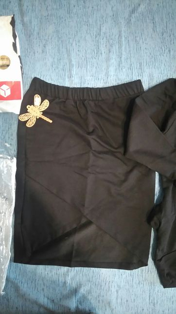 Komplet, bluza + spódniczka, czarne, rozm S, Nowe Sosnowiec - image 3