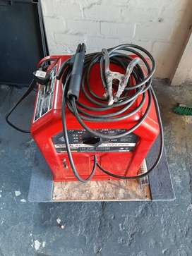 Lincoln AC-225 ARC Welder very good condition.