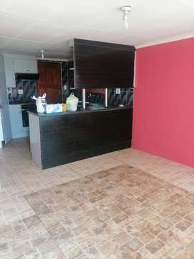 2 bedrooms open for rental in Mabopane Block B, secured