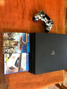 PS 4 Pro 4K HDR 2020 Model with 1 controller and 2 Games