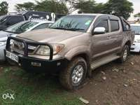 Toyota double cab(LOCAL) 0