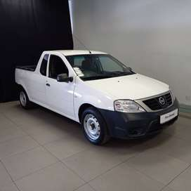 2018 Nissan np200 1.68v with radio R2880pm