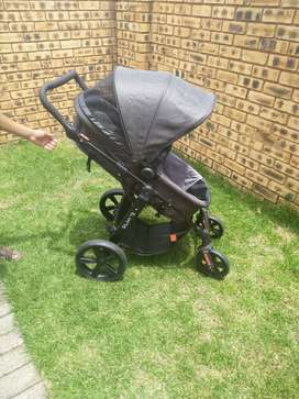 3 in 1 Baby stroller for sale