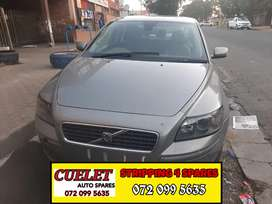 VOLVO S40 BREAKING UP FOR PARTS