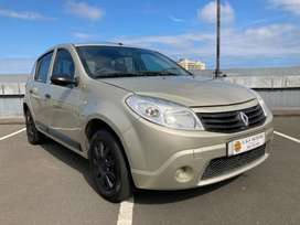 2011 Renault Sandero 1.6 in very good condition full service history