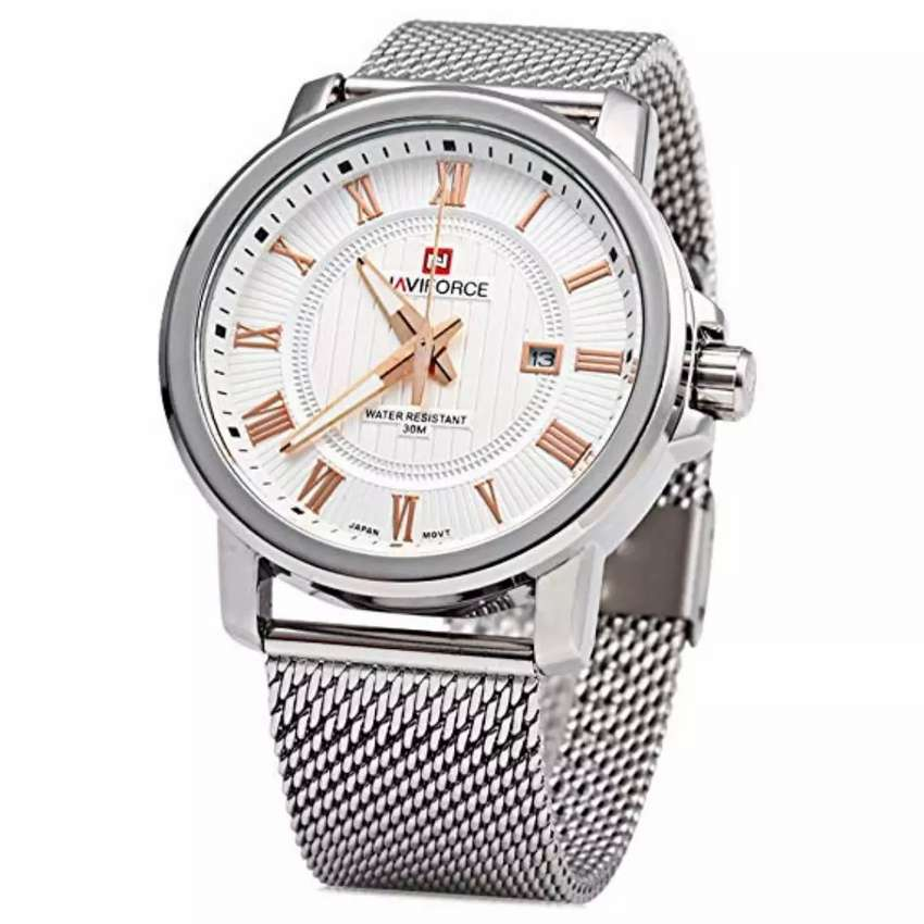Metallic men's watch 0