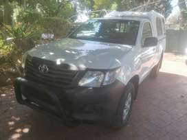 2012 Toyota Hilux 2.5d4d manual single cab with canopy high rider