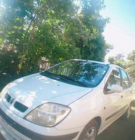 A Renault Scenic 2000 car for Sale