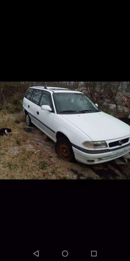 Opel astra Caravan 1997 za dijelove 0