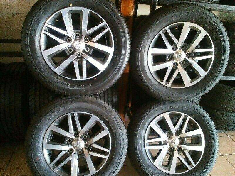 Toyota Hilux/Fortuner 18'' new mags and tyres. 0
