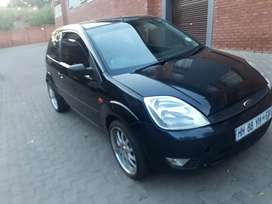 Ford fiesta 1.4 R 45 000 negotiable