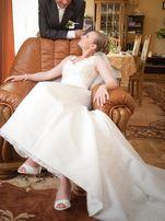 Suknia Ślubna z trenem, koronka kryształy r36 Ecru