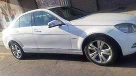 Mercedes Benz C220 Automatic transmission in excellent condition