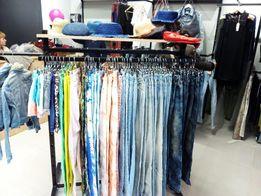 Торговые секции (стеллажи, мебель) в магазин одежды