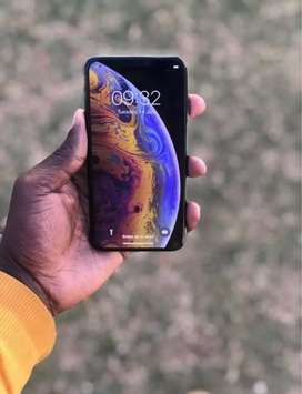 Mint condition iPhone XS 64 Gig black