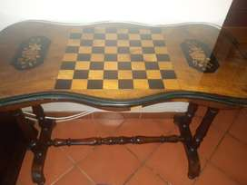 Chess table 1818C