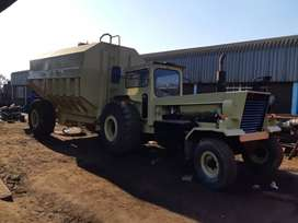 Bell Tractor 1706 with 14000LT Bowser no6