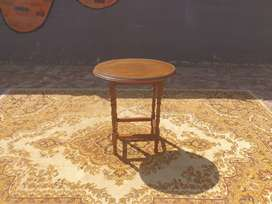 Antique Bobbin Leg Oval Top Side Table with a glass top
