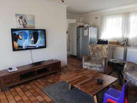 2 Bedromm House To Rent in Buccleuch